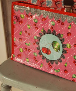 MAKE UP BAG - Cherries