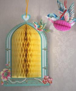 HONEYCOMB Birdhouse