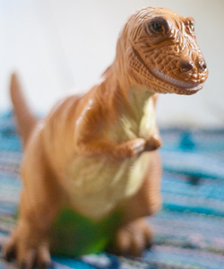 BORDSLAMPA T-Rex Heico