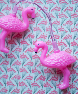 LJUSSLINGA Flamingos